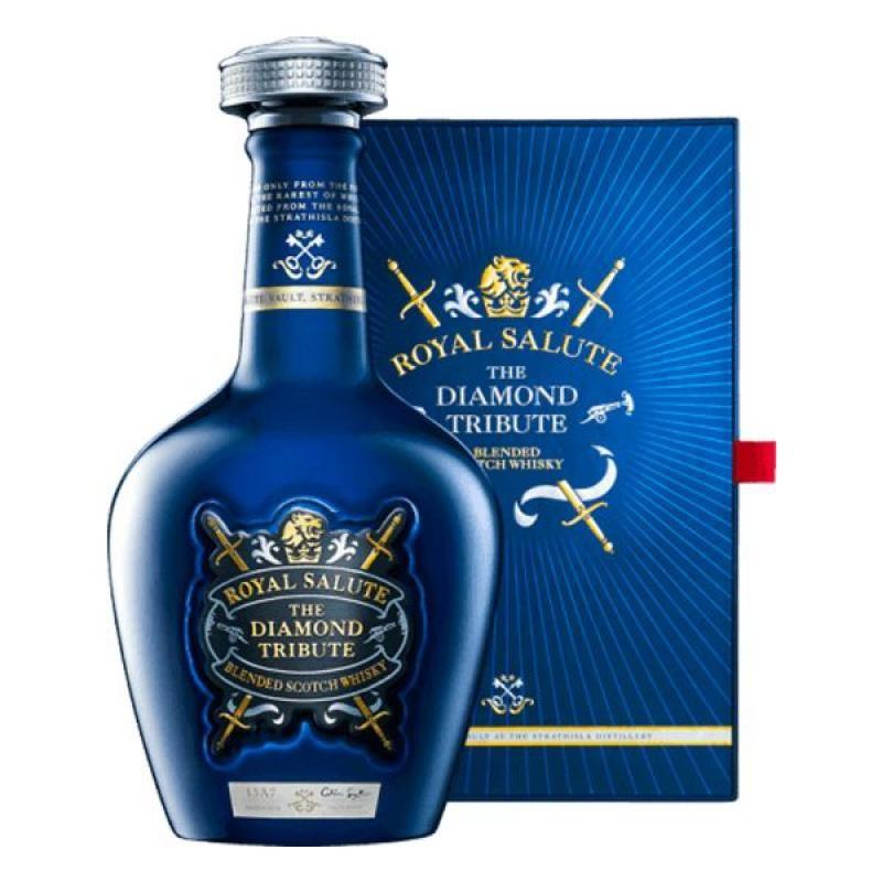 COFFRET ALCOOL - CHIVAS ROYAL SALUTE THE DIAMOND TRIBUTE COFFRET 70CL - Planète Drinks